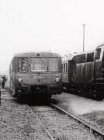 dmv-sonderfahrt/127715/kreuzung-mit-ferkeltaxe-in-beiern-langenleuba-um Kreuzung mit Ferkeltaxe in Beiern-Langenleuba, um 1986