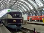 dresden-hbf/131635/vt-137-in-der-bahnhofshalle-dresden VT 137 in der Bahnhofshalle Dresden Hbf