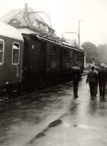 sonderzuge/83520/e-7710-mit-sonderzug-in-kurort E 7710 mit Sonderzug in Kurort rathen, vor 1989