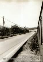 vor dem Hochwasser/78719/blick-aus-dem-schmalspurzug-nach-kipsdorf Blick aus dem Schmalspurzug nach Kipsdorf bei Obercarsdorfr, DR vor 1989