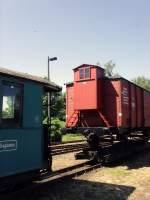 jubilaum/76615/im-bahnhof-muegeln-rollwagen-mit-gueterwagen Im Bahnhof Mügeln: Rollwagen mit Güterwagen und Reisezugwagen