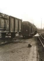 guterverkehr/76725/gueterzug-bei-der-ausfahrt-aus-dem Güterzug bei der Ausfahrt aus dem Bhf Zittau