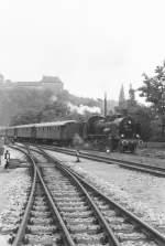 Dampfsonderfahrten/80282/einfahrt-in-den-bahnhof-greiz-1984 Einfahrt in den Bahnhof Greiz, 1984